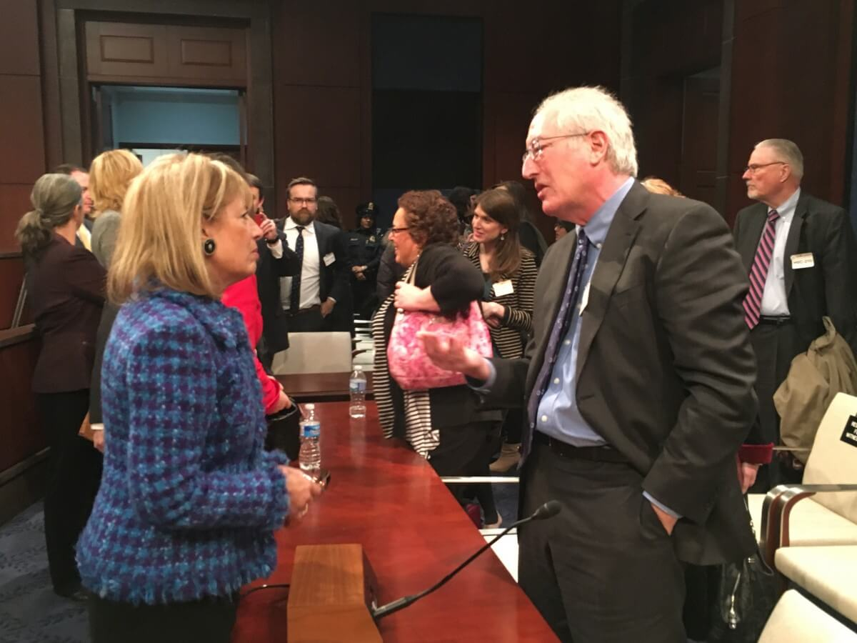 Rep. Jackie Speier (D-CA) talks with Larry Goldstein at the House panel on the use of fetal tissue and cells