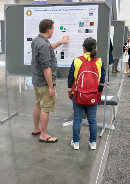 ASCB 2016 is off and running—talks, posters, exhibits, searching for power outlets. ASCB photo by John Fleischman