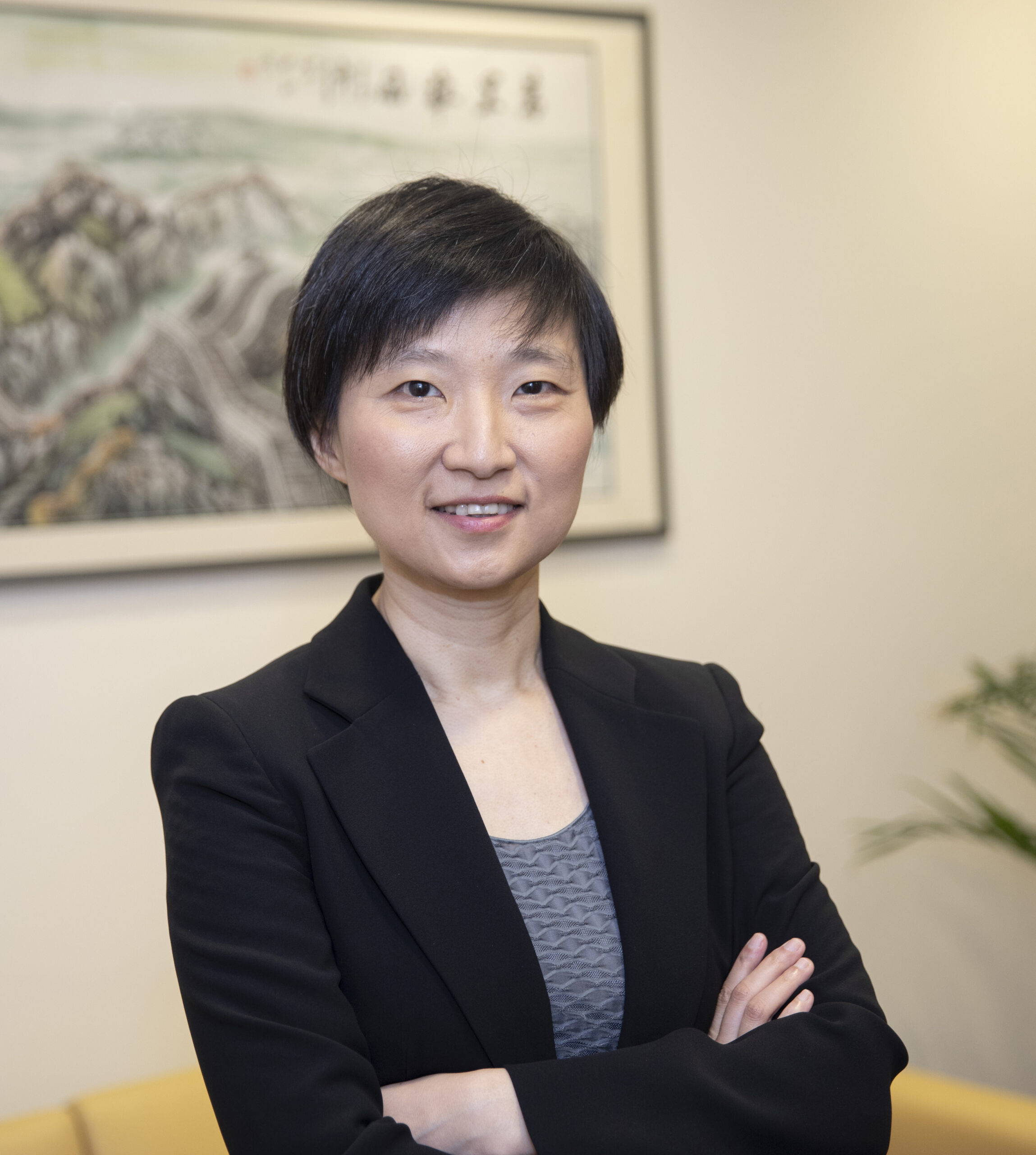 Xiaowei Zhuang researches to understand the mechanisms of cellular function and their dysfunction in disease which requires a detailed picture of the molecular interactions in cells in the Naito Lab. Kris Snibbe/Harvard Staff Photographer